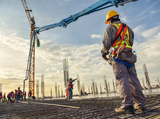 How Should a Civil Construction Company Charge Its Clients?